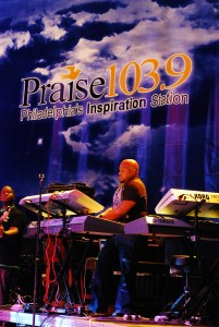 Praise 103.9