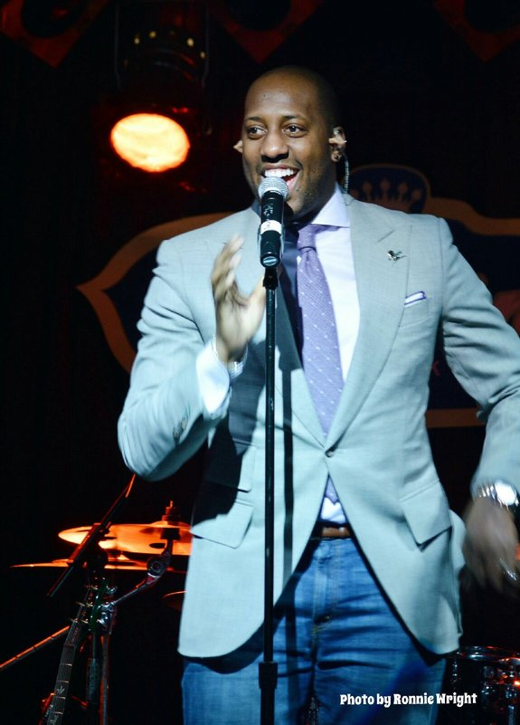 "Isaac Carree performs his #1 smash ""In the Middle.""- Photography by Ronnie Wright"